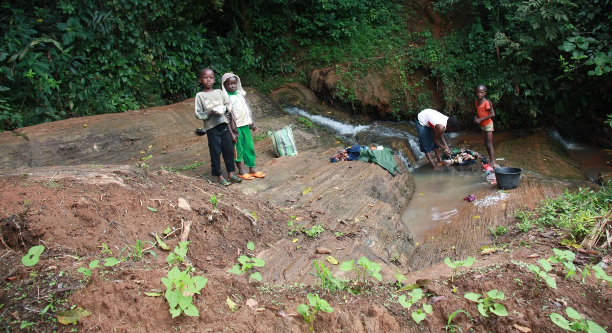 Cascade du Groupement de Fondjomekwet