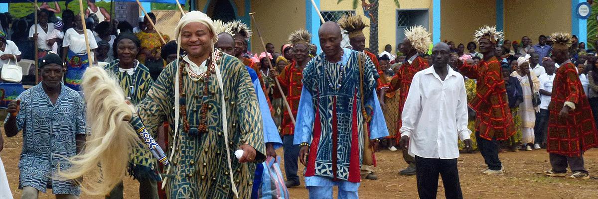 Danses royales  Première Journée Culturelle du Peuple Jeuaboui
