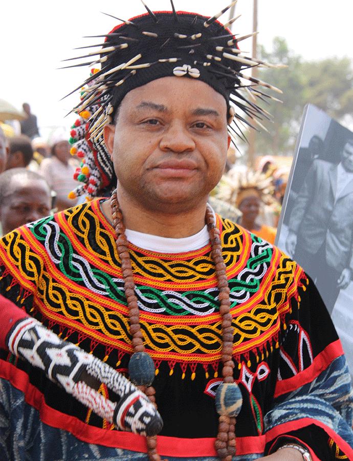 Sa Majesté Djombissié Yves Kamga