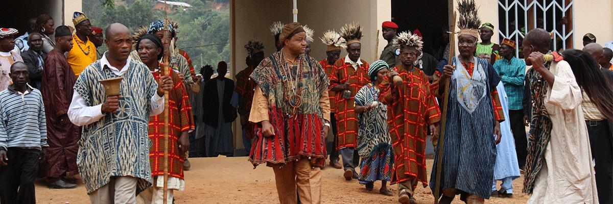 Sortie funéraire, Funérailles Royales de Fomopéa